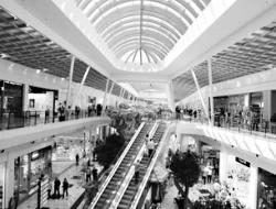 Räumungspreis genießen eine große Auswahl an Modellen schön und charmant Il Leone Shopping Center - Centro commerciale   Overplace