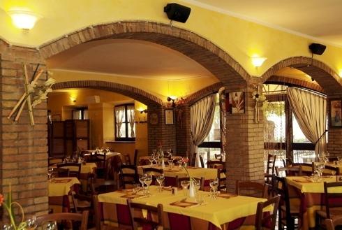 Risultati immagini per Ristorante Pizzeria I Gelsi guardea
