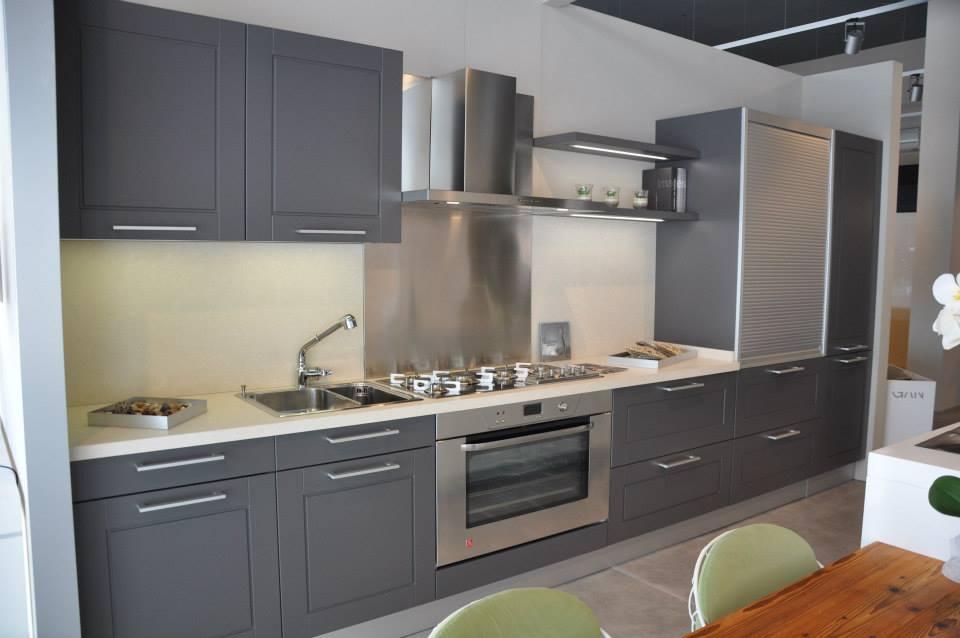 Quarrata cucine moderne ispirazione per la casa for Michelozzi arreda