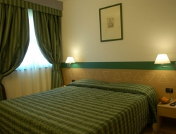 WEST POINT S.R.L. - Hotel - Castel d'Azzano (Verona)