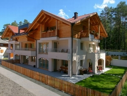 Les Gomines Bed and Breakfast - Bed & breakfast - Marebbe - Enneberg (Bolzano)