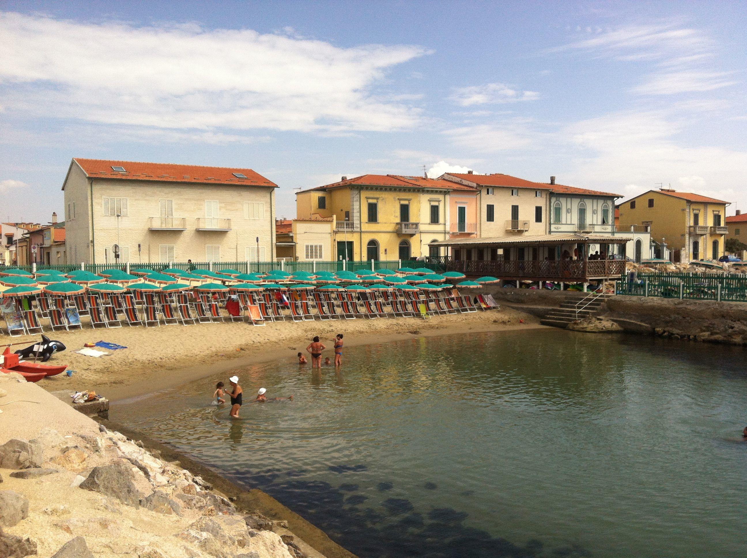 Stabilimento balneare pisa bagno gorgona overplace - Bagno mistral marina di pisa ...